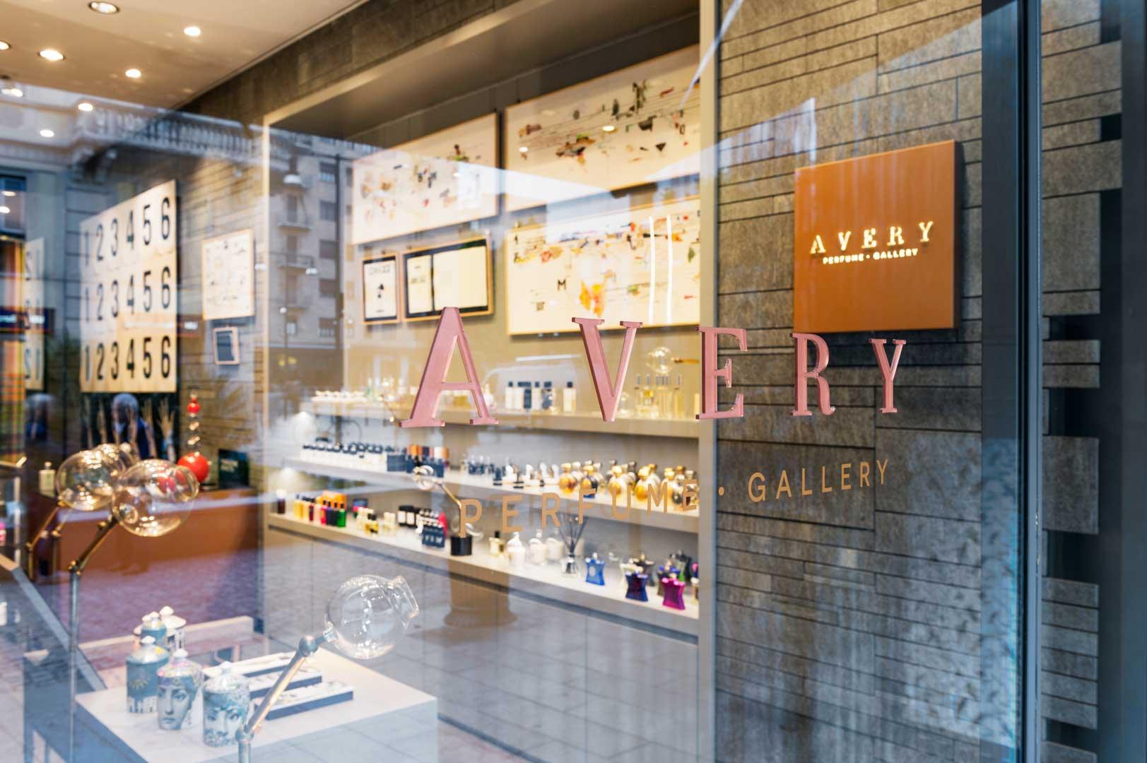 Avery perfume gallery corso como flawless milano for Corso arredatore d interni milano