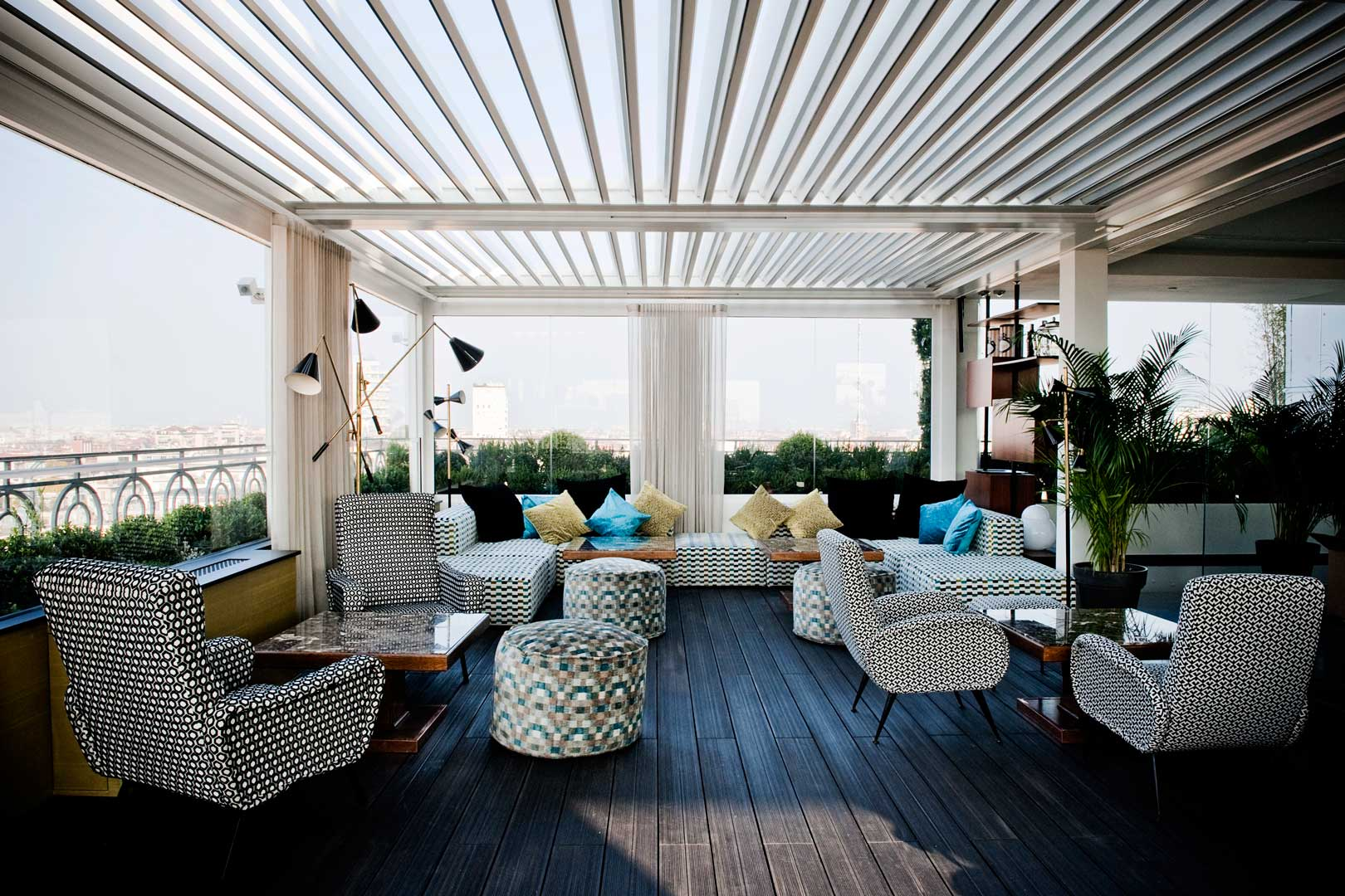 Milan 39 s top 5 fascinating rooftops flawless milano for Milano rooftop bar