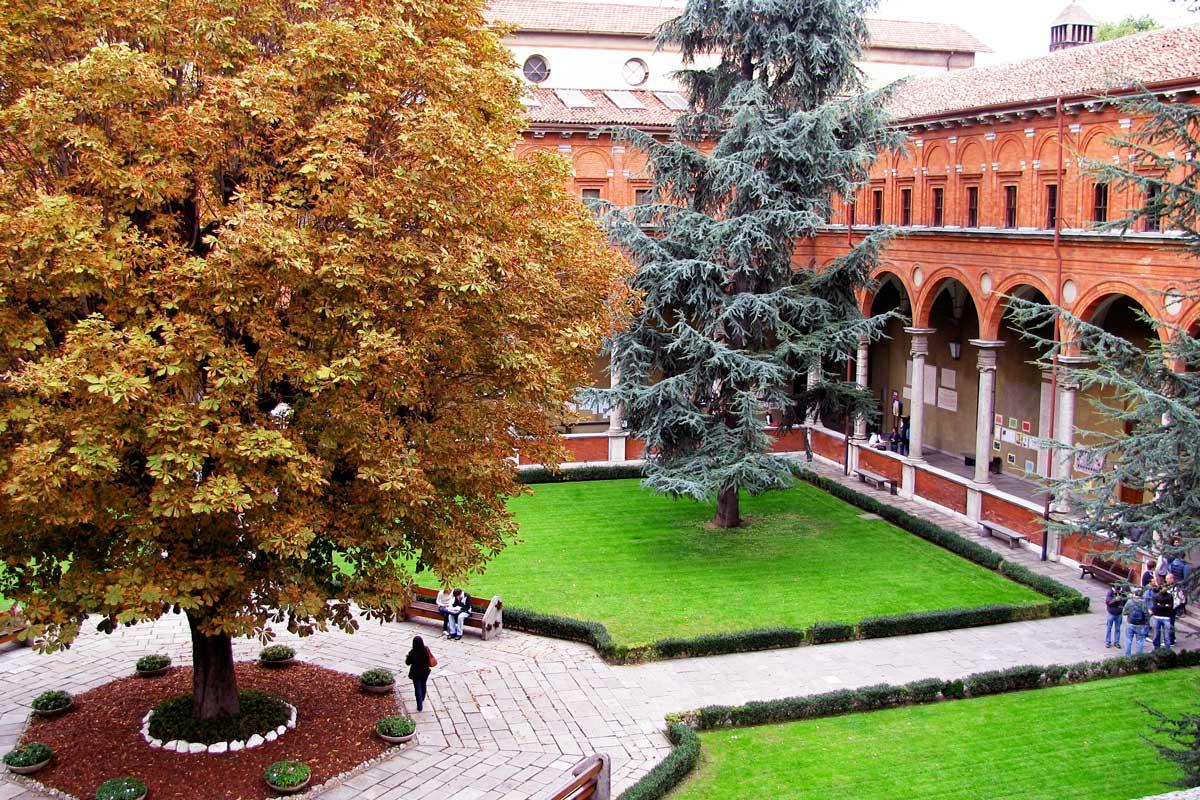 chiostro-universita-cattolica