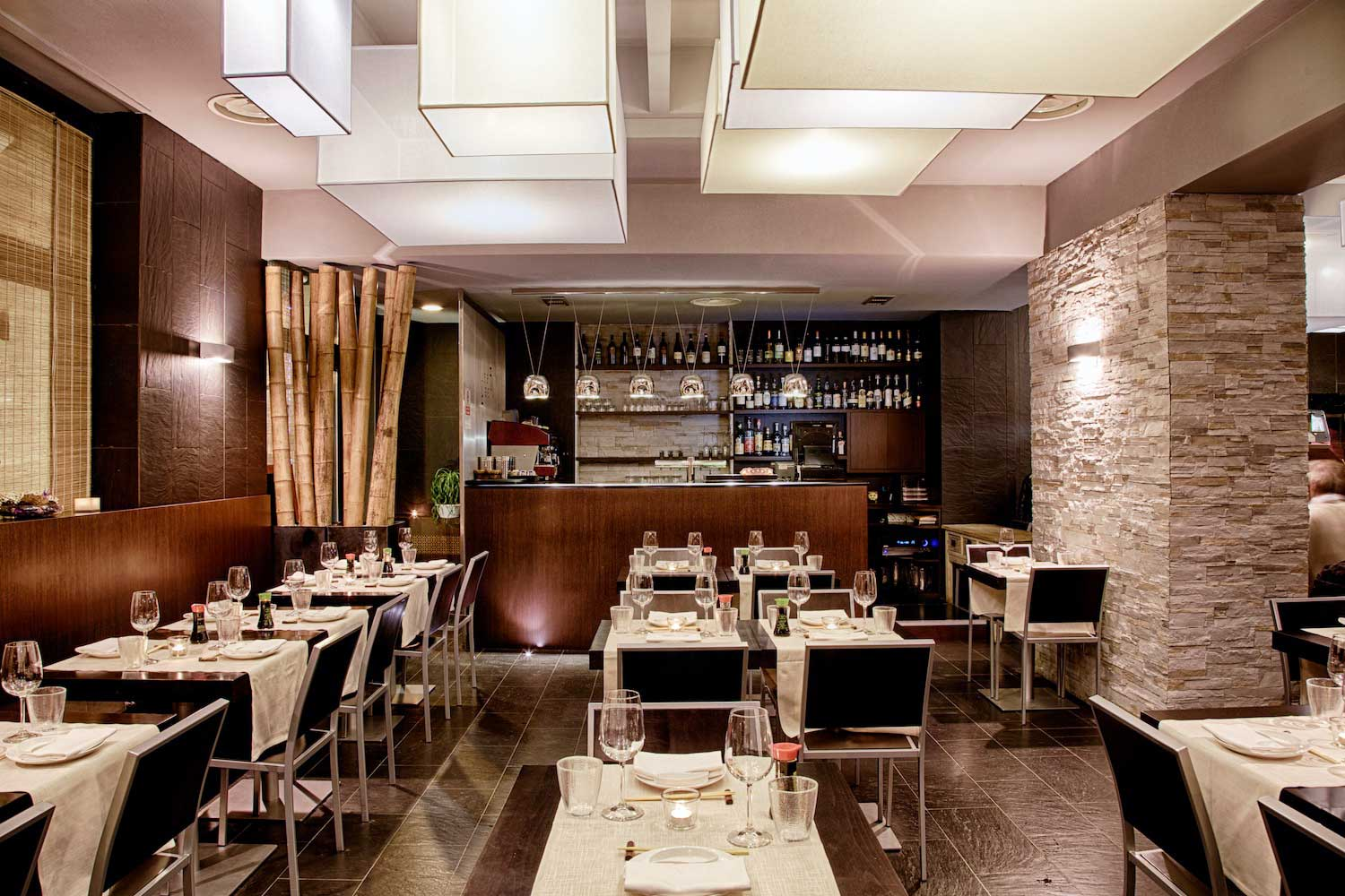 Feel fusion restaurant flawless milano the lifestyle guide for Ristoranti design