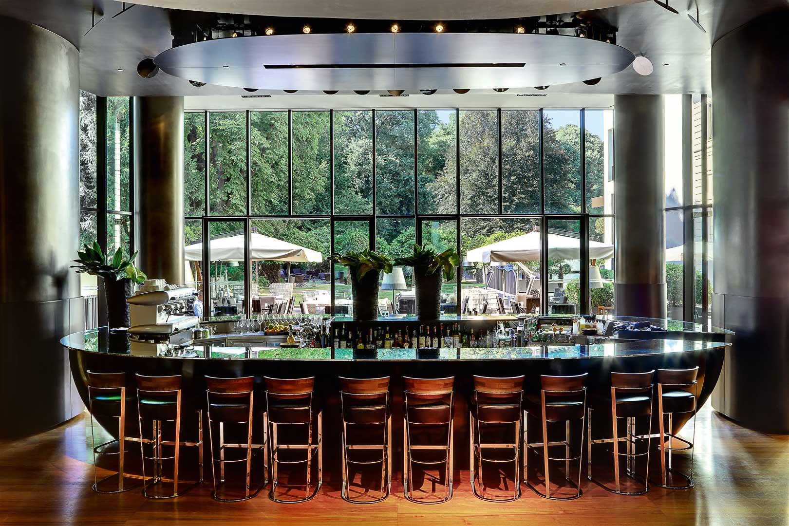 Bar bulgari hotels resorts flawless milano for Designer a milano