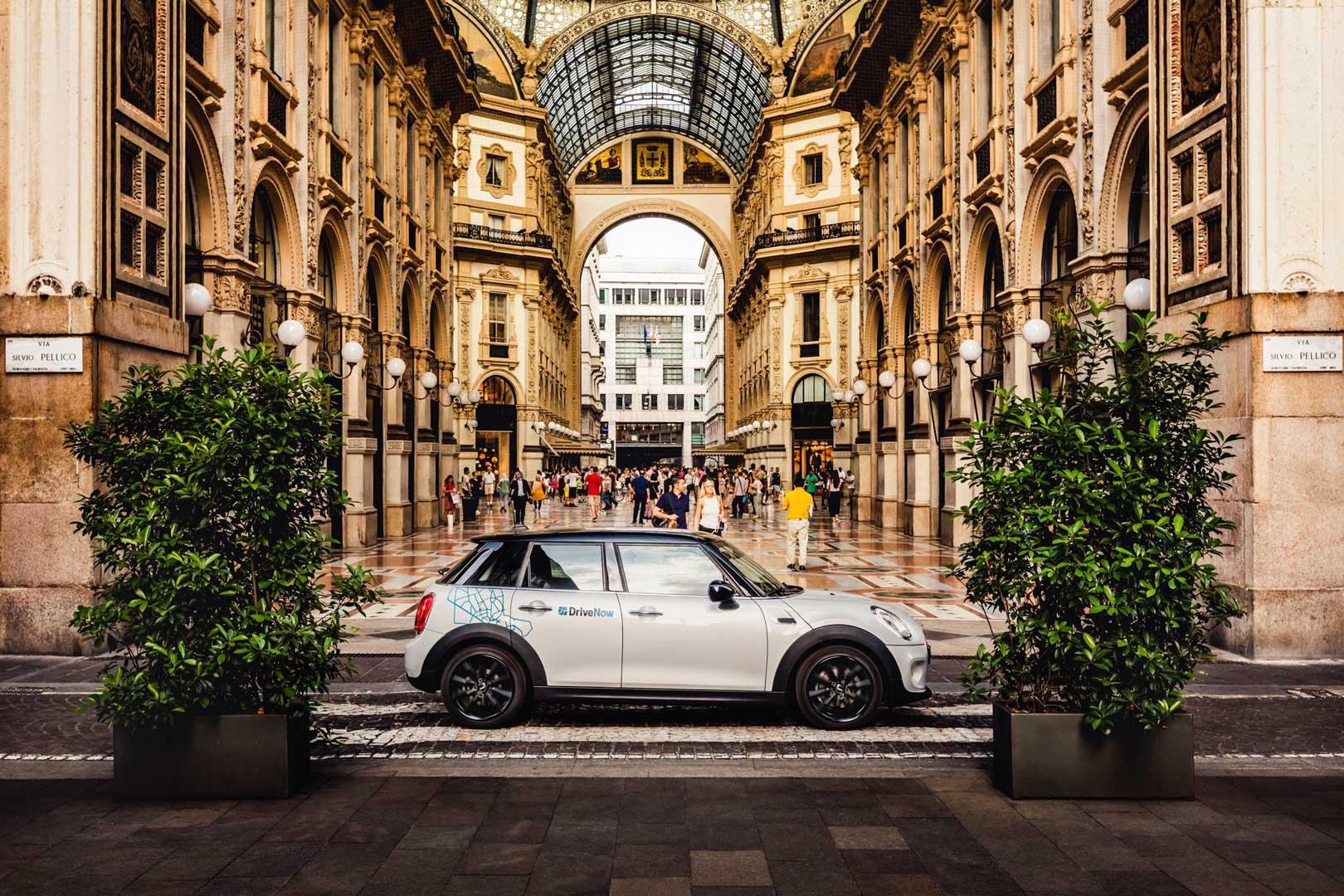 drivenow-car-sharing-milano-bmw-mini-galleria-vittorio-emanuele