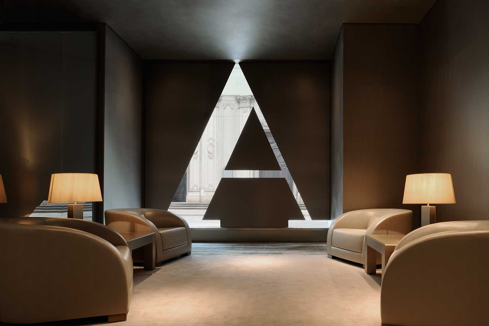 Armani hotel milano flawless milano the lifestyle guide for Design hotel milano