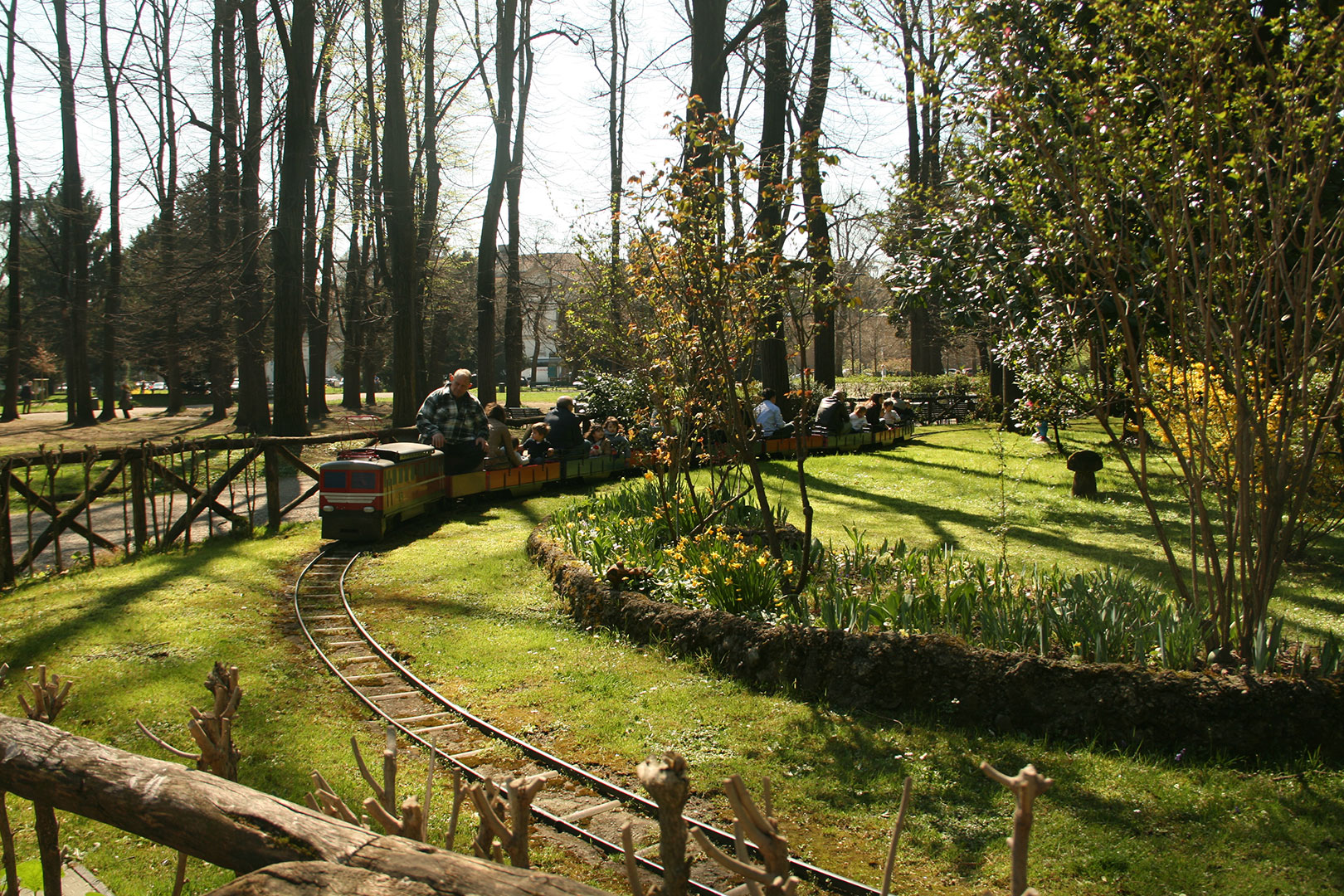 Giardini pubblici indro montanelli flawless milano for Giardini immagini