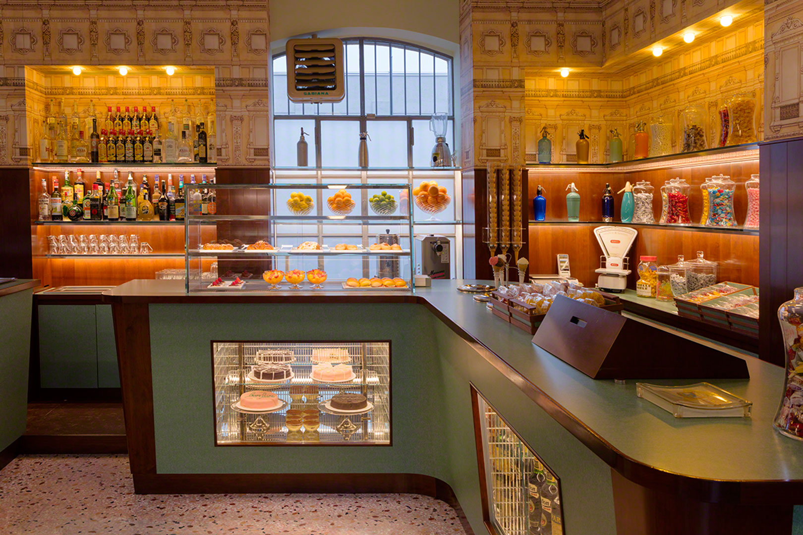 The 10 best panini in milan flawless milano for Best bars milano