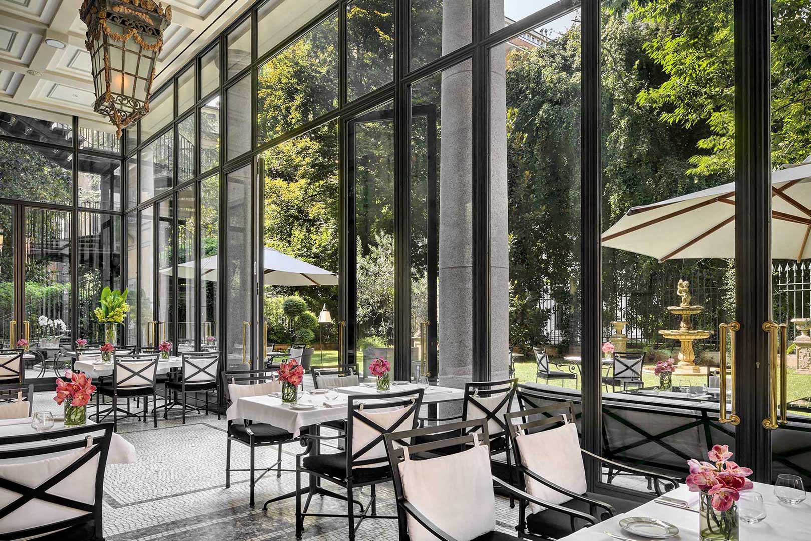 the 10 best restaurants with a garden in milan flawless
