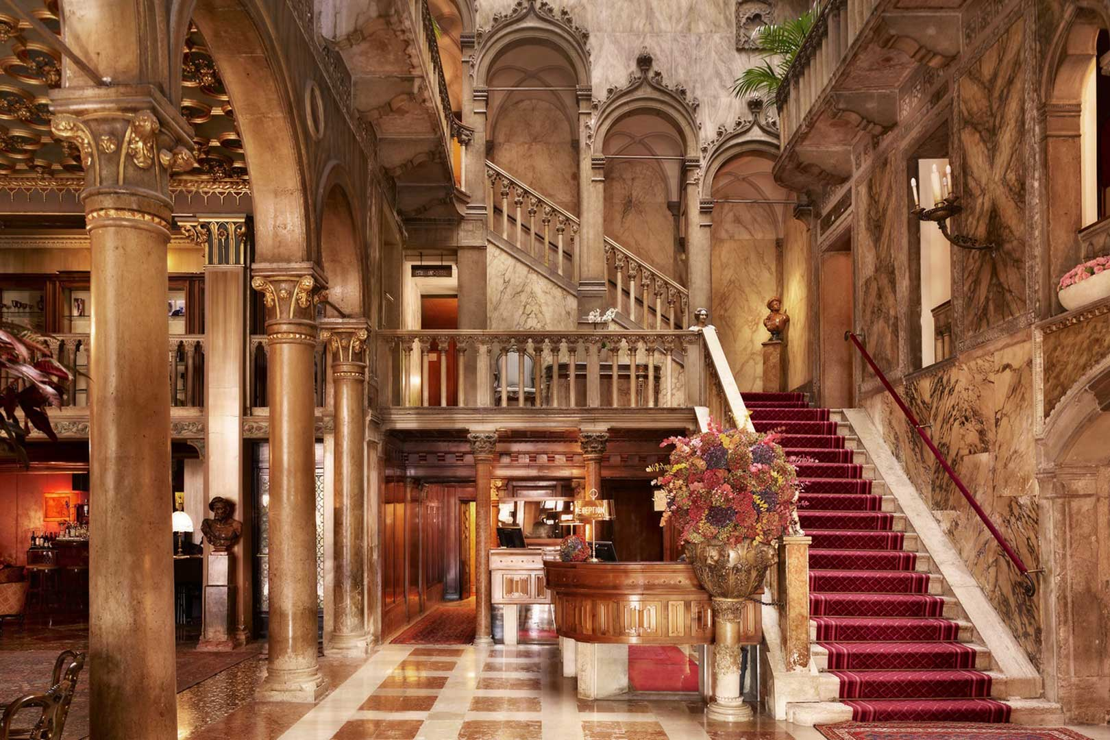 Hotel Danieli Reception