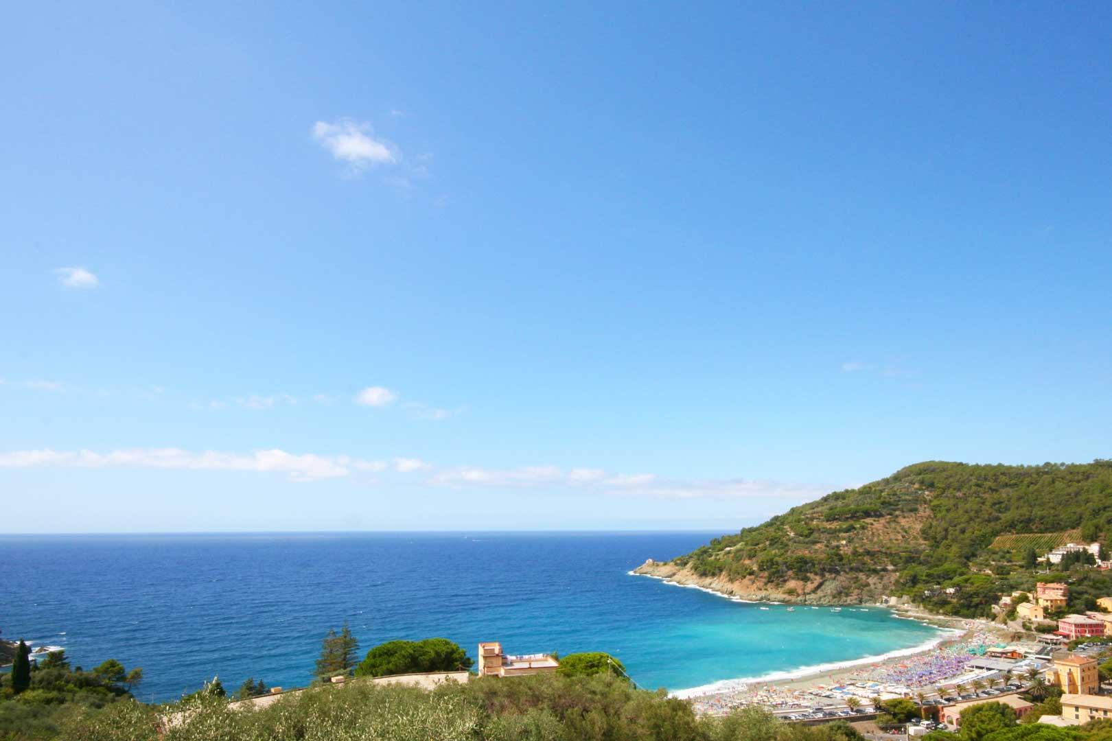 Cinque Terre - Bonassola Beach
