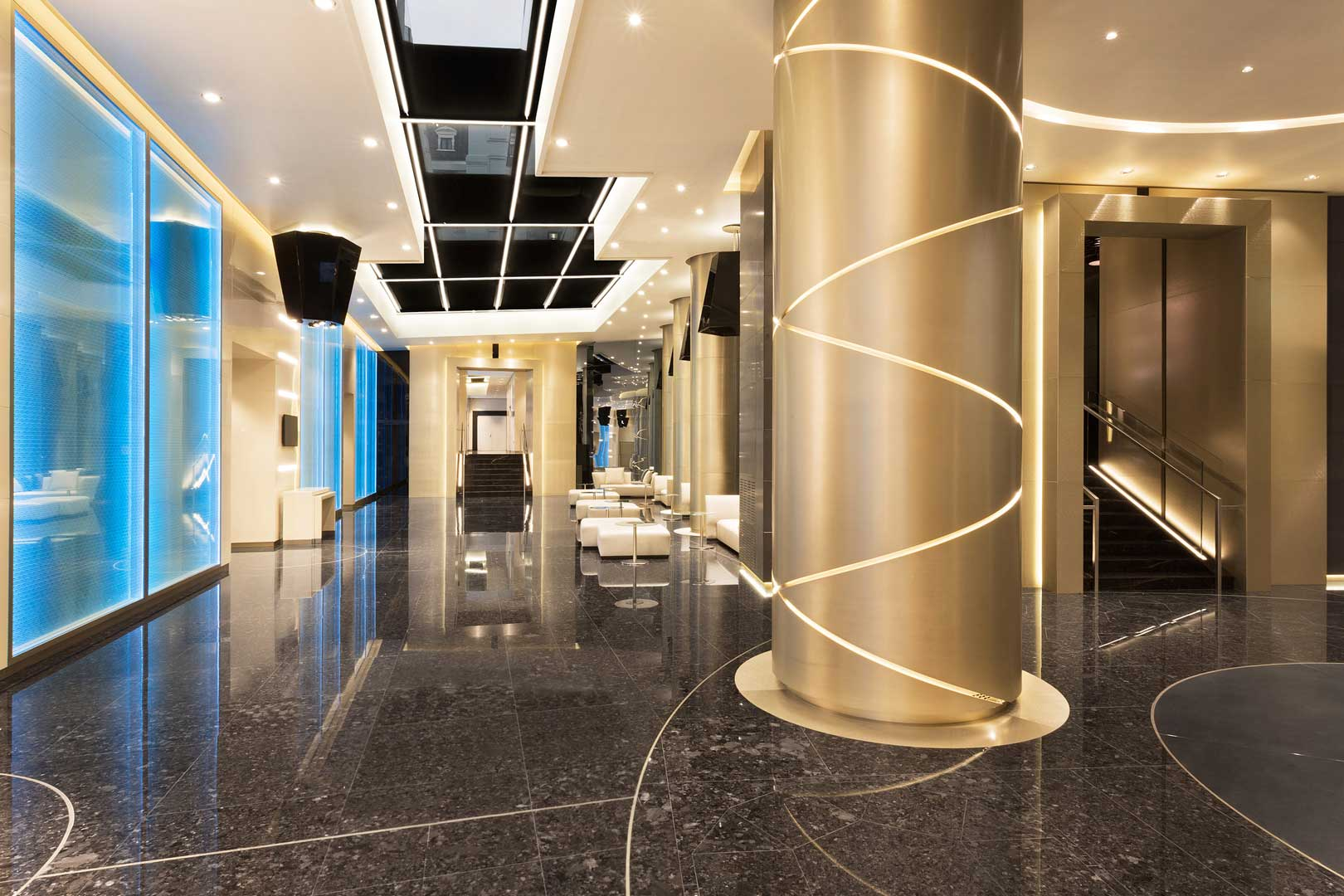 Foyer Hotel : Excelsior hotel gallia flawless milano the lifestyle guide