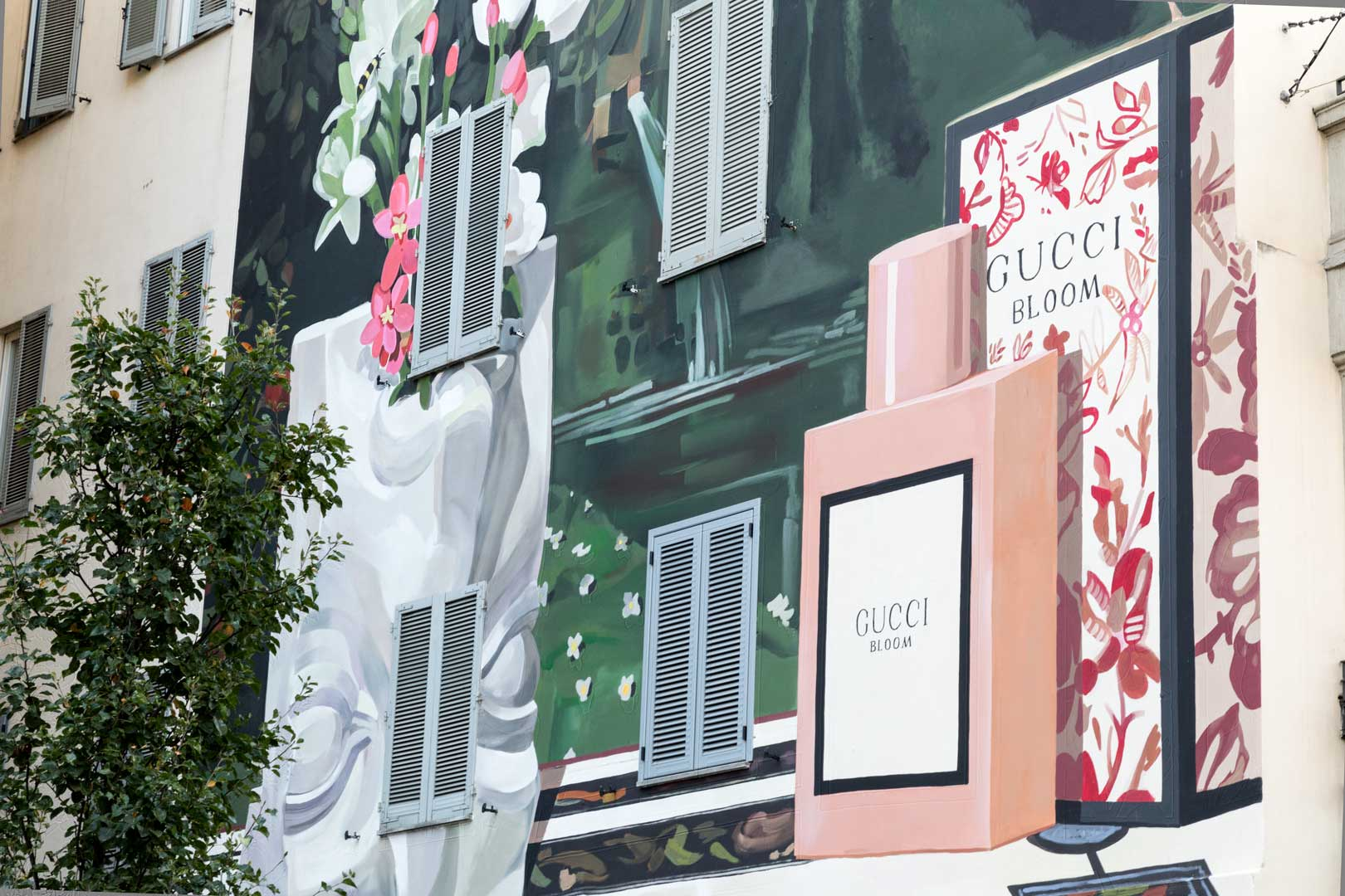 gucci-art-wall-close-up