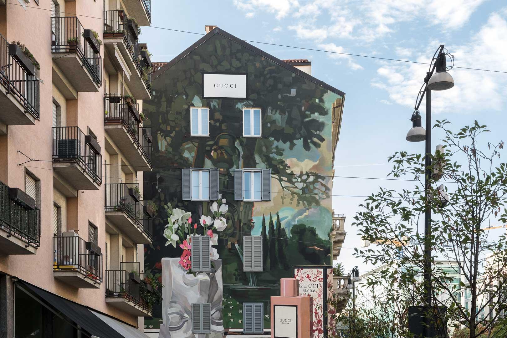 gucci-art-wall-palazzo