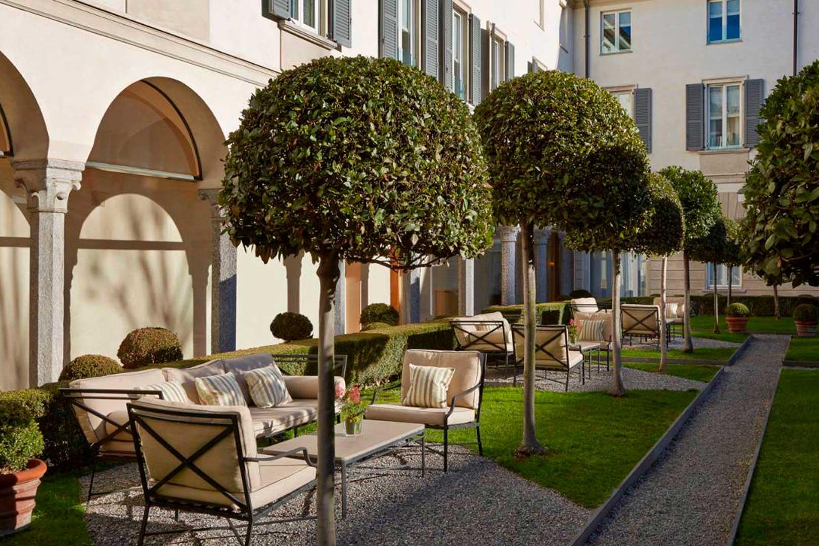 I 5 giardini più belli di milano allinterno degli hotel