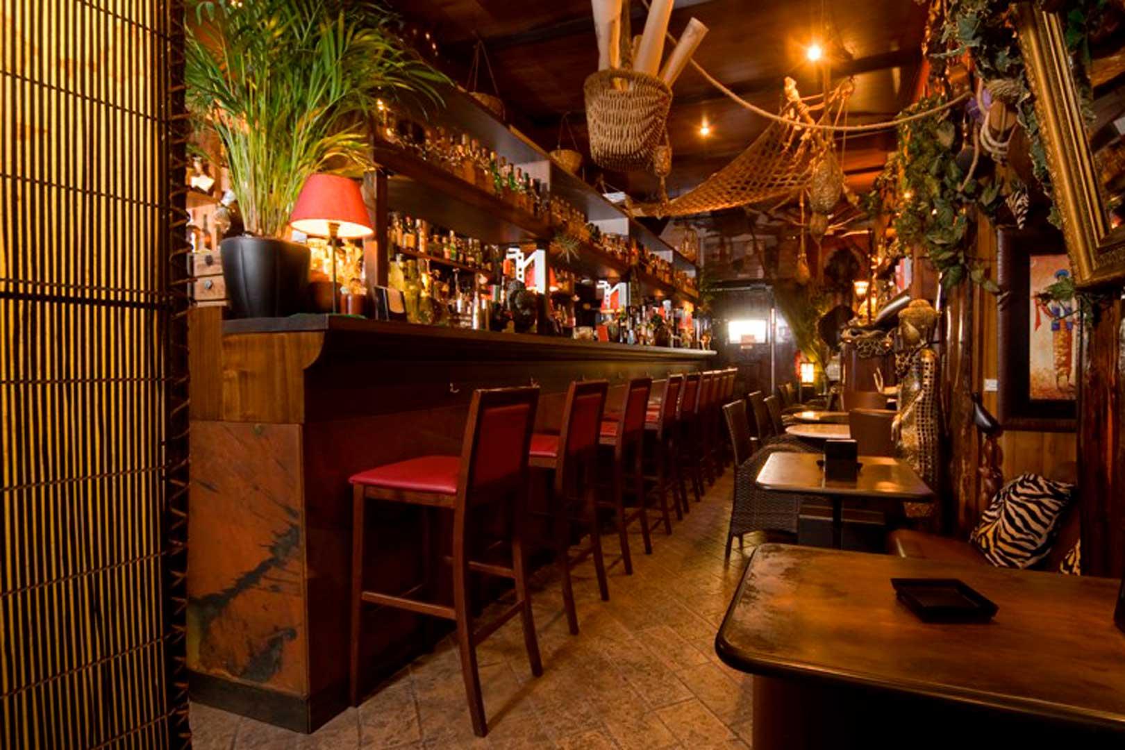 I migliori cocktail bar a tema di Milano - Nottingham Forest