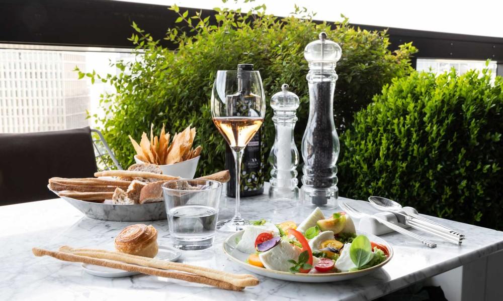Il nuovo menù per l'aperitivo di Terrazza Gallia