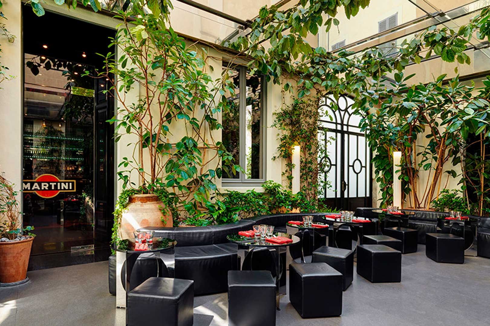 The Best Fashion Bars And Restaurants In Milan Flawless Milano