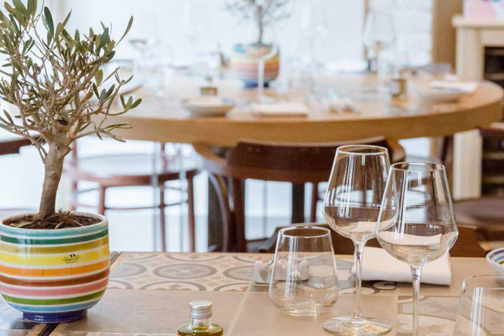 10-ristoranti-per-le-cene-di-natale-con-i-colleghi-olio-cucina-fresca