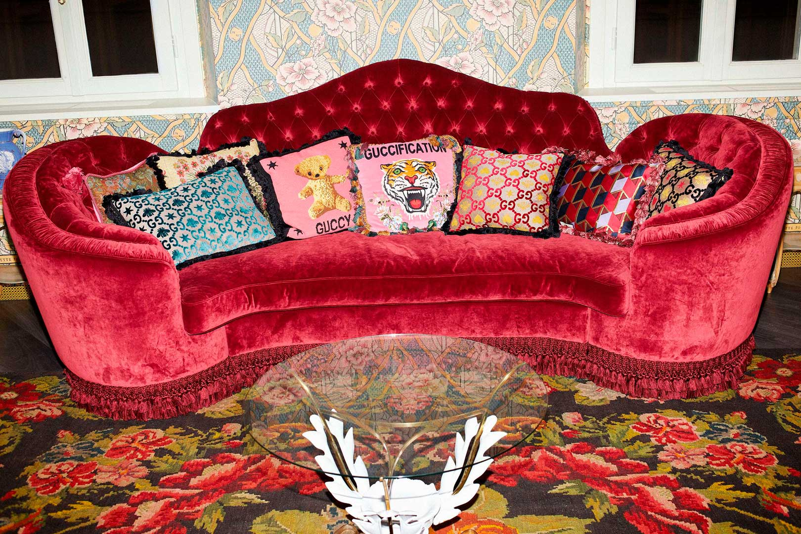 gucci-decor-living-room
