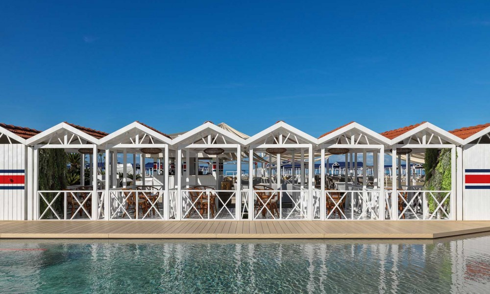 Weekend in Forte dei Marmi: a taste of the sea and champagne