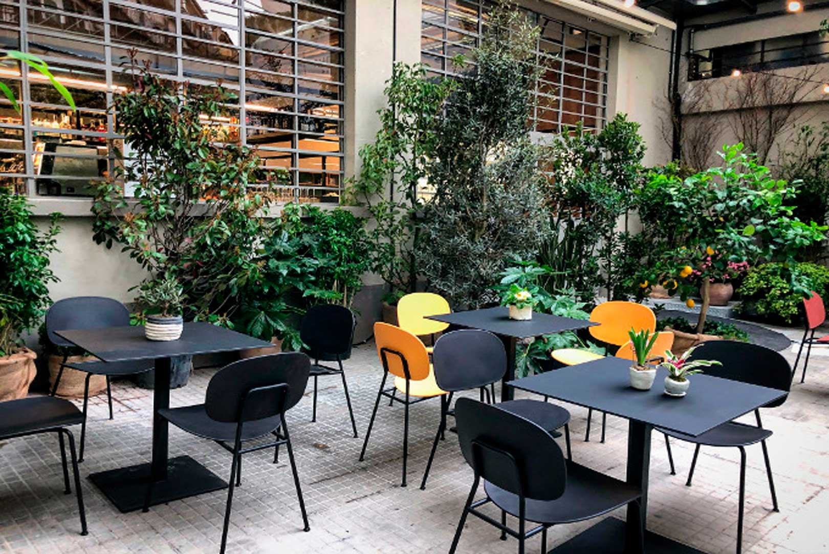 I migliori aperitivi in cortile a Milano